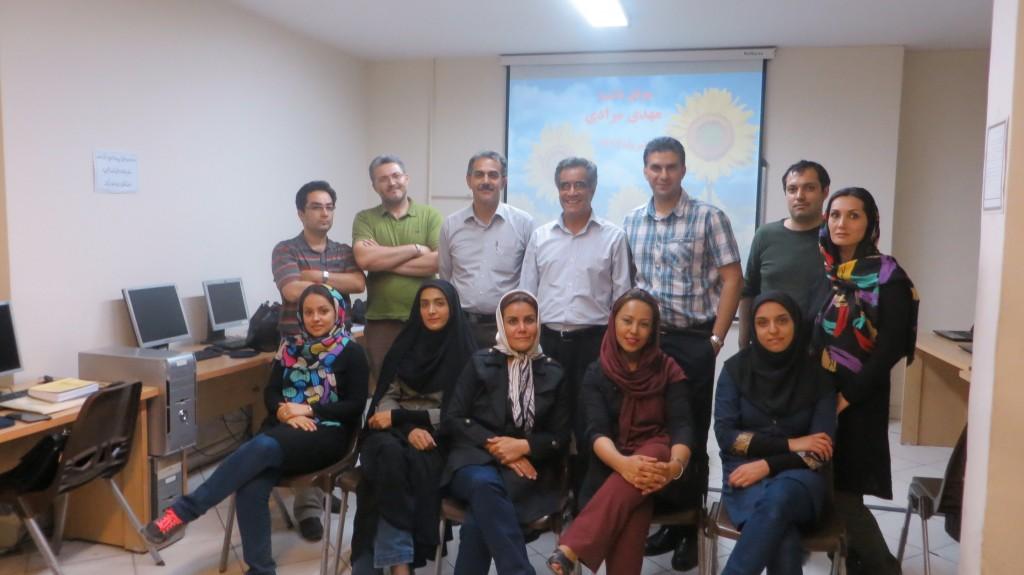شرکت کنندگان خوشحال کارگاه مهارتهای مالیاتی