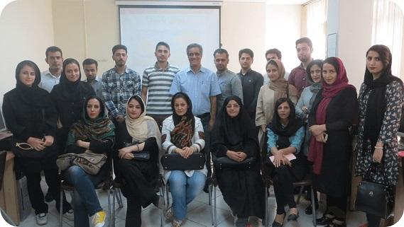شرکت کنندگان خوشحال کارگاه نوابغ حسابداری